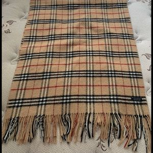 Authentic 🧡 Burberry Lambswool Blanket Scarf Wrap